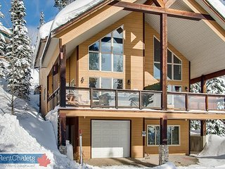 Over the Top, 4829a Snow Pines Road, sleeps 9 - Big White vacation rentals