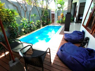 Cozy Seminyak vacation Villa with A/C - Seminyak vacation rentals