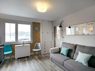 KAIA apartment - PEOPLE RENTALS - San Sebastian - Donostia vacation rentals