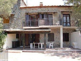Bright 3 bedroom Scario Villa with Parking - Scario vacation rentals