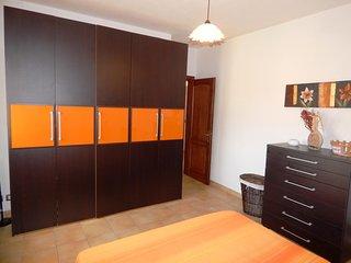 CASA PRATO, elegante appartamento - Posada vacation rentals