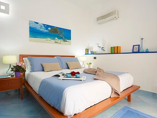 Appartamento 4 persone+transfer aeroportuale gratis+ Automobile gratis - Trapani vacation rentals