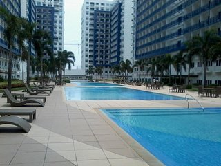SEA RESIDENCES CONDO NEAR MALL OF ASIA - Pasay vacation rentals