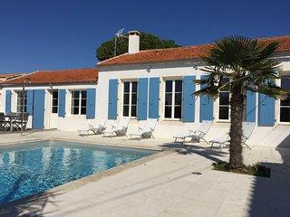 Bright 4 bedroom House in La Cotiniere - La Cotiniere vacation rentals