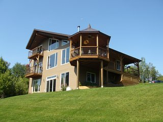Nice Bed and Breakfast with Deck and Television - Kingsclear vacation rentals