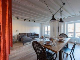 Nuage, 2BR/2BA, 4 people - Paris vacation rentals