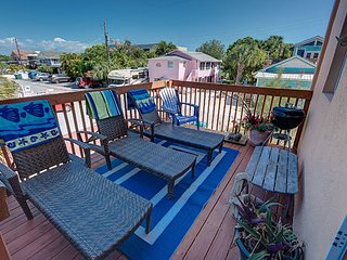 Gorgeous Townhouse with Internet Access and A/C - Cortez vacation rentals