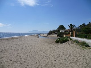 Nice apartment - 80 meters from the beach - Elviria vacation rentals