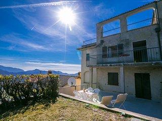 Charming 4 bedroom Condo in Cademario - Cademario vacation rentals