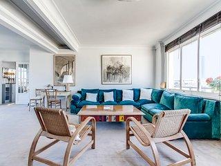 Saint Germain des Pres - Penthouse View - Paris vacation rentals