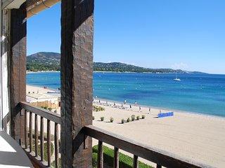 Nice 3 bedroom Port Grimaud Apartment with Balcony - Port Grimaud vacation rentals