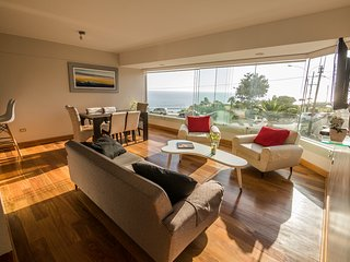 Luxury Condo w Pool in front of the Ocean - Lima vacation rentals