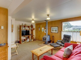 Charming, dog-friendly cottage close to beach & downtown! - Manzanita vacation rentals