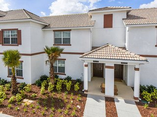 Championsgate Resort - 4BD/3BA Town House - Sleeps 8 - Gold - Sterling vacation rentals