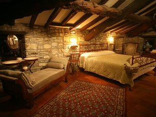 Il Mulino di Valle: The Grain Floor - Serramazzoni vacation rentals