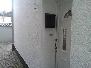 Hostel . Apartment für 4 Personen im Kölner Norden - Worringen vacation rentals