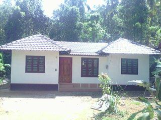 Nice 3 bedroom Cottage in Kannur - Kannur vacation rentals