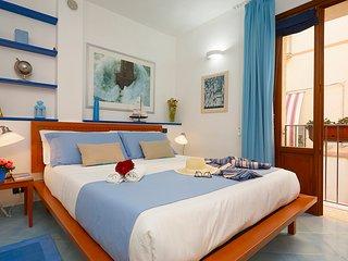 Appartamento Triplo con automobile gratuita + transfer aeroportuale - Trapani vacation rentals