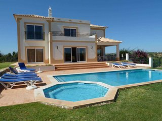 Private Villa With Swimming Pool ( Agua ) - Albufeira vacation rentals
