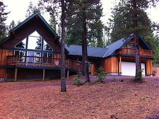 Beautiful 4 bd/3bath Crescent Lake/Odell Lake Vacation Rental. Sleeps up to 11 - Crescent vacation rentals
