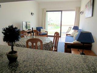 Albufeira apartamento T1 zona calma D2 - Areias de Sao Joao vacation rentals