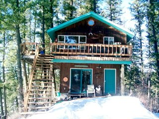 Cozy House with Deck and Central Heating - Swan Lake vacation rentals