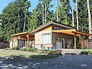 1 bedroom Villa with Satellite Or Cable TV in Comox Valley - Comox Valley vacation rentals
