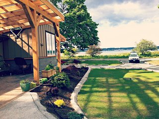 Bright Studio with Internet Access and Boat Available - Comox Valley vacation rentals
