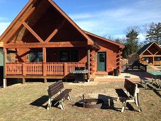 Villa Cabin Jellystone water park 3 Bears lodge - Warrens vacation rentals