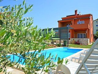 5 bedroom Villa in Novigrad (Istra), Istria, Croatia : ref 2099577 - Tar-Vabriga vacation rentals