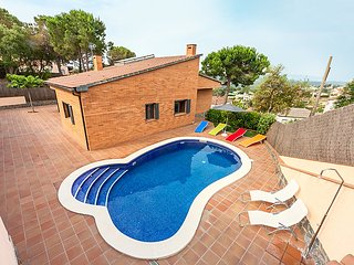 3 bedroom Villa in Lloret de Mar, Costa Brava, Spain : ref 2216453 - Mont Barbat vacation rentals