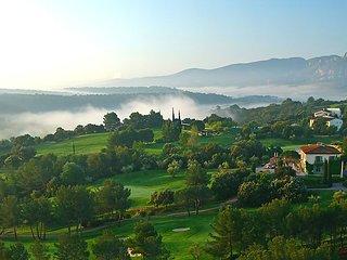 3 bedroom Villa in La Motte en Provence, Provence, France : ref 2236007 - Le Muy vacation rentals