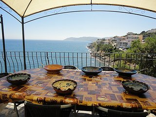 2 bedroom Apartment in Llanca, Costa Brava, Spain : ref 2236622 - Llanca vacation rentals