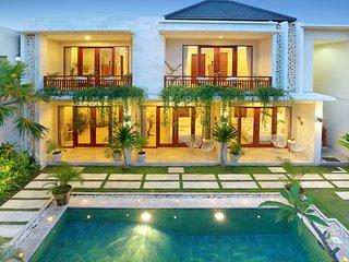 Luxury 4 bed Villa Seminyak with rooftop - Seminyak vacation rentals