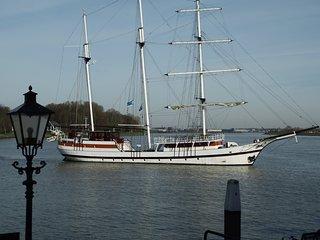 All Exclusive Riverview Apartment - Dordrecht vacation rentals