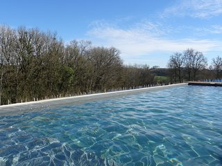 Stone gîte, heated pool & jacuzzi 2-4 people close to Collonges la Rouge - Collonges-la-Rouge vacation rentals