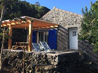 Beautiful 1 bedroom Sao Roque do Pico House with Internet Access - Sao Roque do Pico vacation rentals