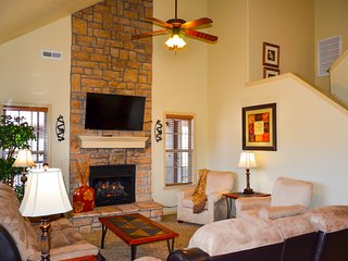 Easy Elderly Access, Close to SDC and Strip - Branson vacation rentals