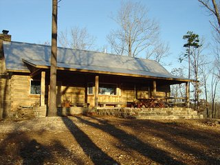 Nice Cabin with A/C and Television - Mount Judea vacation rentals