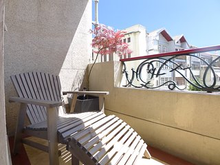 SC1- Fab, central, AC, lift, spacious 6BR, Art Deco - Porto vacation rentals