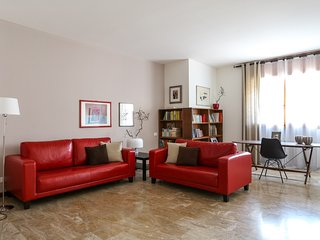 Comfortable 3 bedroom Condo in Province of Venice with Internet Access - Province of Venice vacation rentals