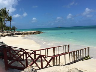 'LITTLE BAY VILLA'  1100sqft BEACH FRONT, SEA VIEW APARTMENT ON DICKENSON BAY! - Saint John's vacation rentals