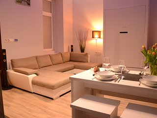 The Lavish Loft - Kiraly - Budapest vacation rentals