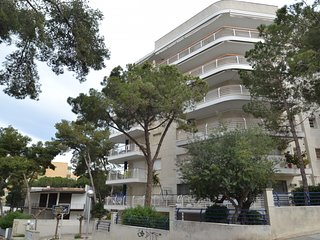 Nice House with Internet Access and Washing Machine - Salou vacation rentals