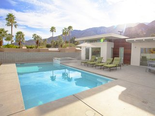 Villa Annika - Beautiful Villa w/ Large Pool and Spa - Palm Springs vacation rentals
