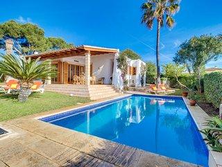 3 bedroom Villa with Washing Machine in Cala Mandia - Cala Mandia vacation rentals