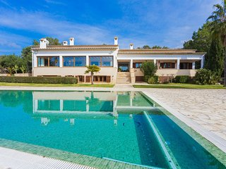 Nice Villa with Internet Access and Washing Machine - S'Alqueria Blanca vacation rentals