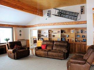 Backcountry Warriors LLC LAKEFRONT B&B/Lodge, The Kashwitna Room, Sleeps 2 - Willow vacation rentals