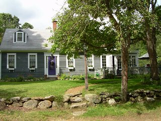 Charming House with Deck and Television - West Kingston vacation rentals