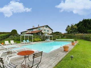 Propriété d'exception au cœur du Pays Basque - Arcangues vacation rentals